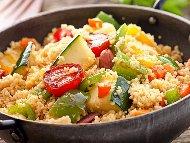 Рецепта Кус кус по еврейски със зеленчуци - чушки, моркови, лук и чесън